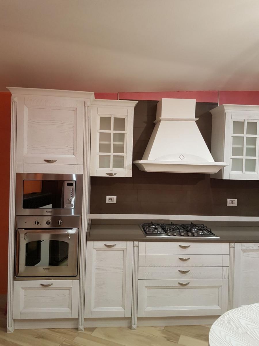 Cucina Country Arredamento.Mobil E Arredamenti Udine Arredamento Per La Casa