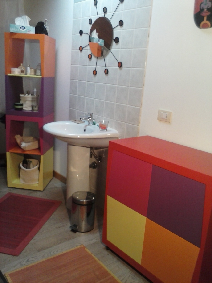 Bagni colorati bagni colorati verdi design casa creativa for Arredamento colorato