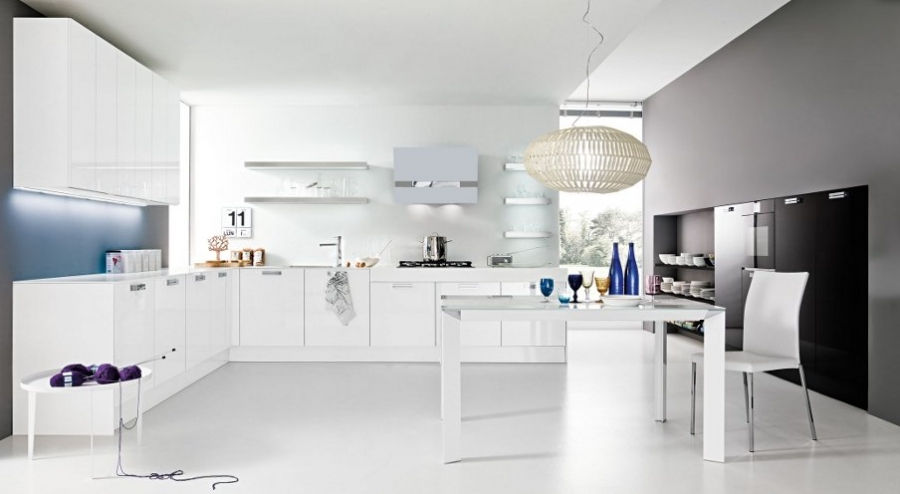 Mobil e arredamenti udine arredamento per la casa - Cucina bianca lucida ...